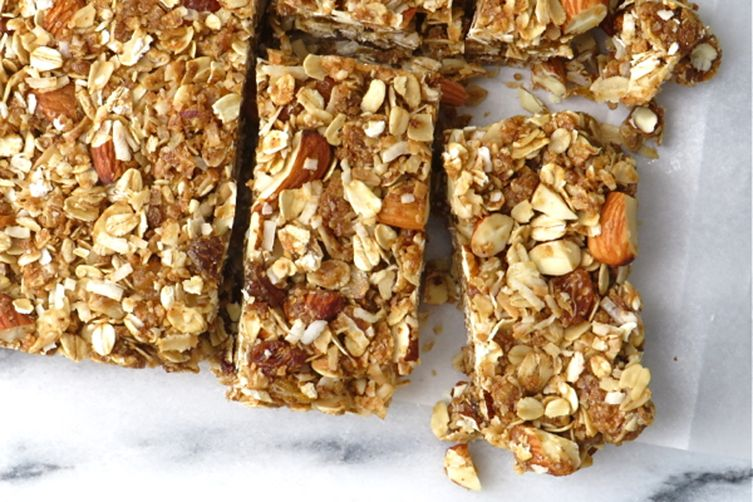 afb63bad-b5a4-4b29-b8ce-3c95f46a15a7--coconut_almond_granola_bars
