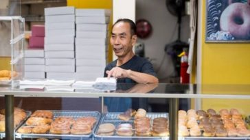 Community Helps Donut Maker Sell Out Early