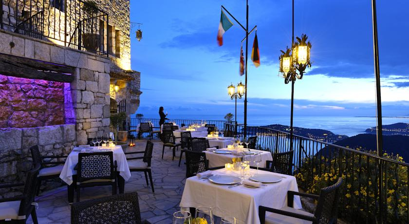 Top 10 Romantic Hotels and Resorts in the World