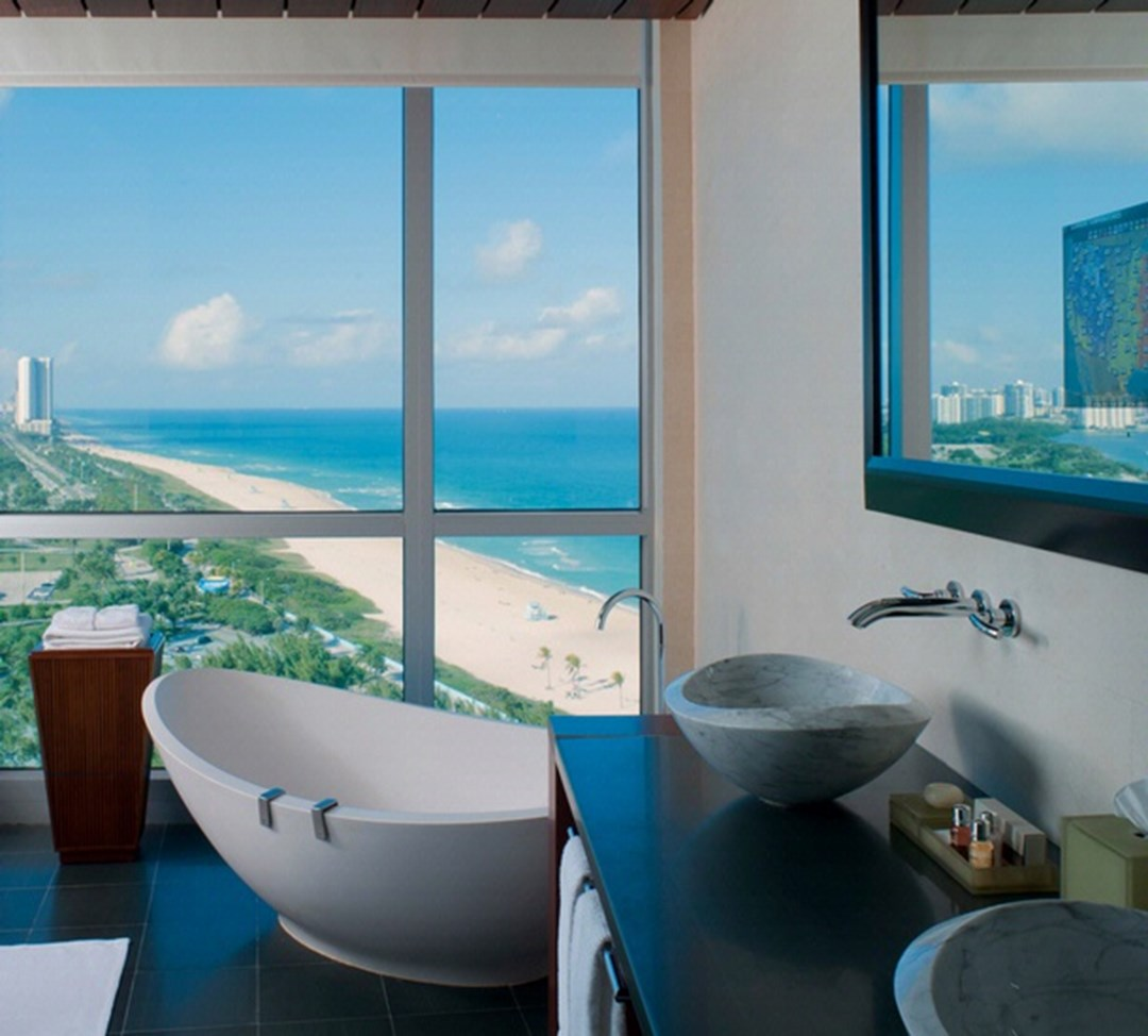 Superieur One Bal Harbour Resort In Miami