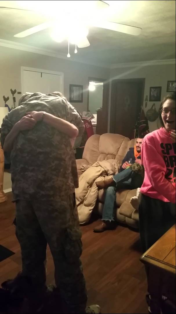 Soldier Surprises Family and Got Heartwarming Reaction