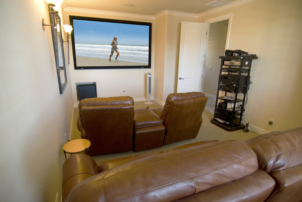 21 magnificent home theaters designs to marvel at wow - Small living room ideas with tv ...