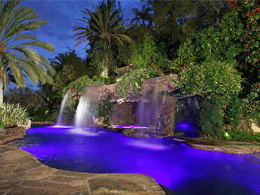 20 Custom-Made Natural Swimming Pools - Wow Amazing