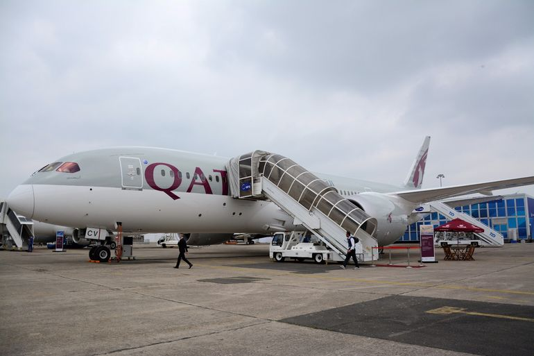 Show-goers could climb aboard this Boeing 787 Dreamliner for a look around the cabin of the 56.7 m long passenger aircraft in Qatar Airways livery