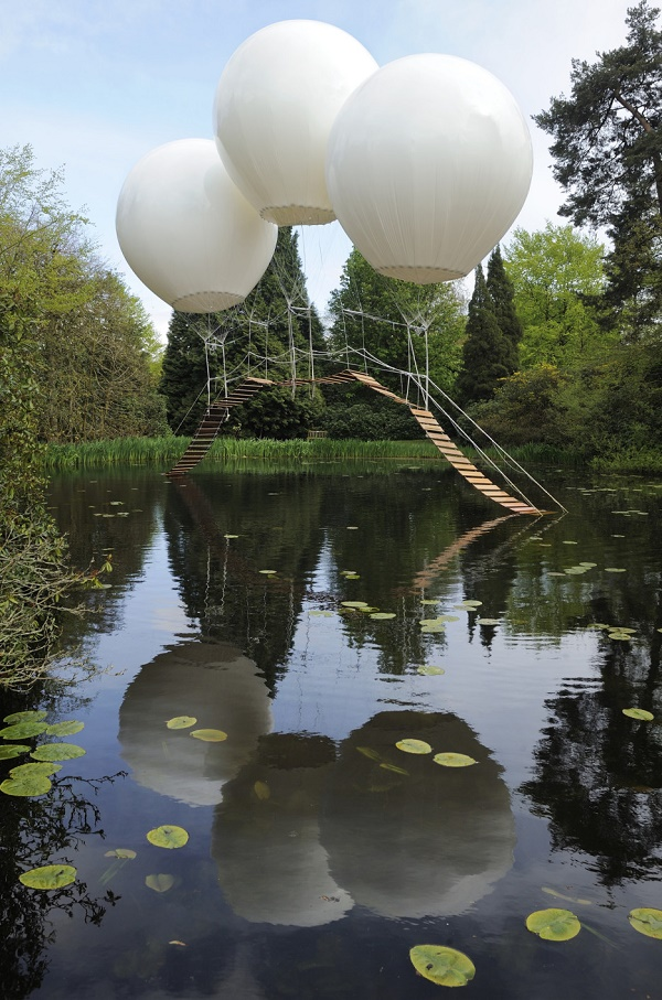 4-Balloon Bridge - UK