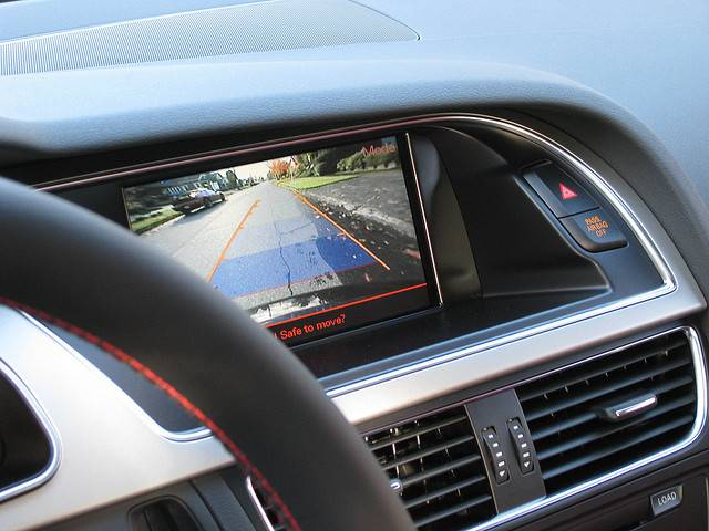 Audi S5: PDC and backup camera