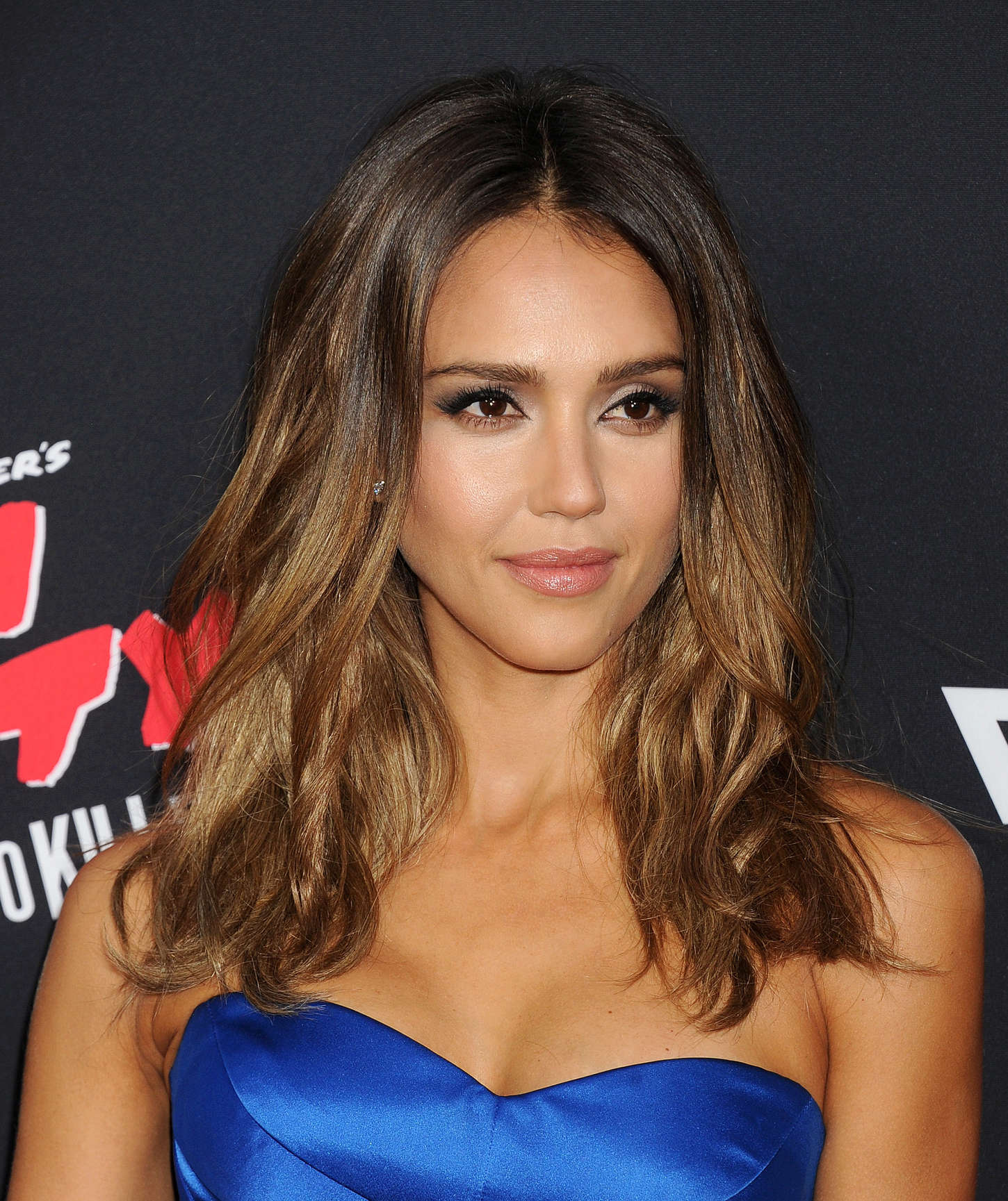 Top 50 famosas de J182 Jessica-Alba-Sin-City-A-Dame-To-Kill-For-LA-Premiere-40