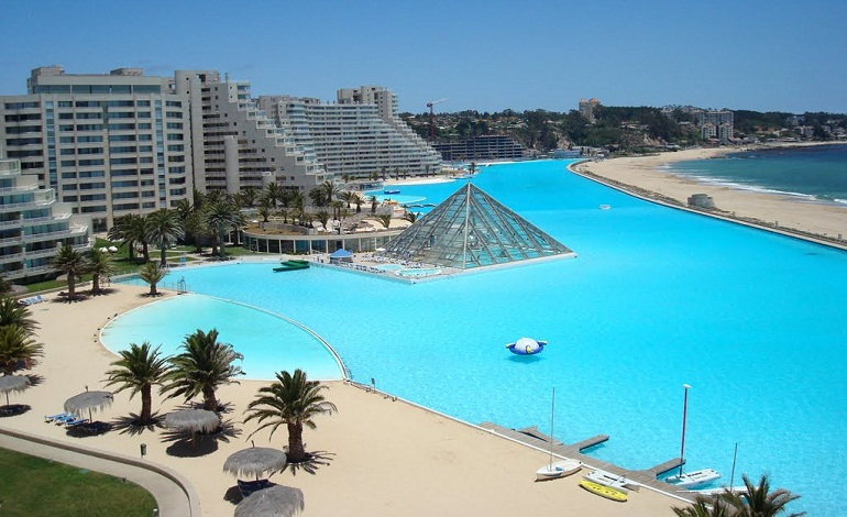 7 most beautiful swimming pools wow amazing - The biggest swimming pool in chile ...