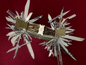 Pre Swiss Army Knife Multi Tool Has 100 Functions