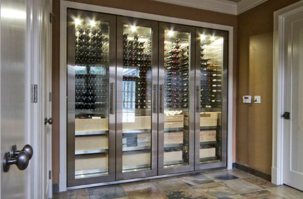 Stainless steel and glass cabinets perfect for a connoisseur