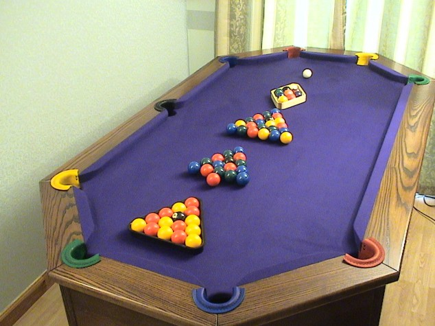 Oddly Shaped Pool Tables That Are Fun To Play On Wow Amazing - L shaped pool table