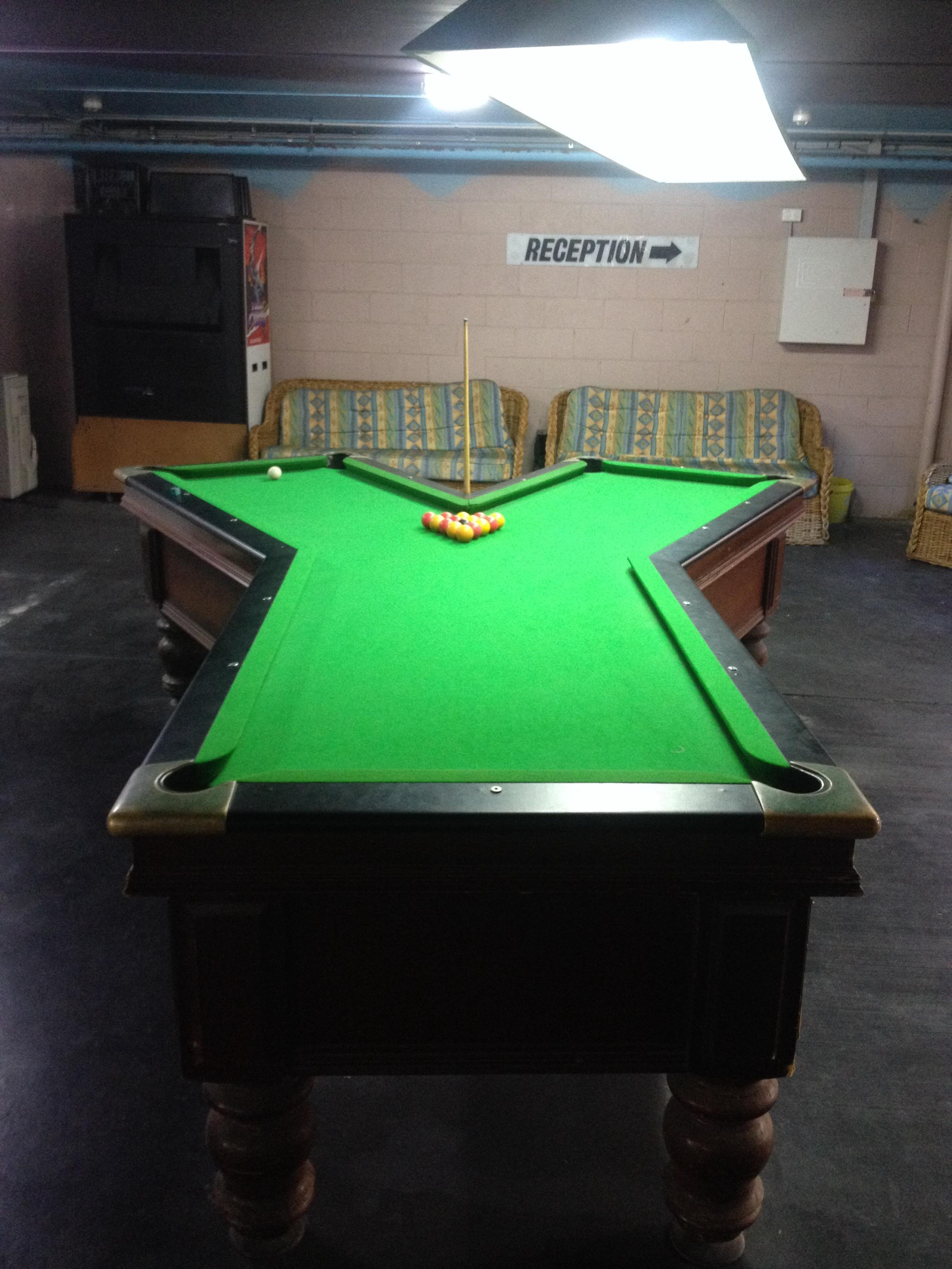 Oddly Shaped Pool Tables That Are Fun To Play On Wow Amazing - Circular pool table