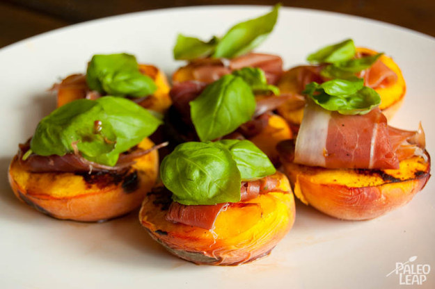 Grilled Peaches with Prosciutto and Basil