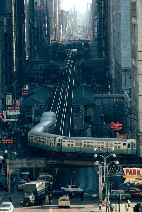The streets of Chicago (1967).