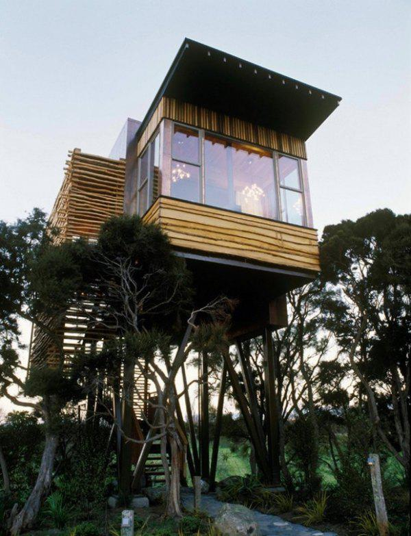 incredible tree houses treehouses 24 Live off the grid in a treehouse of your dreams (30 Photos)