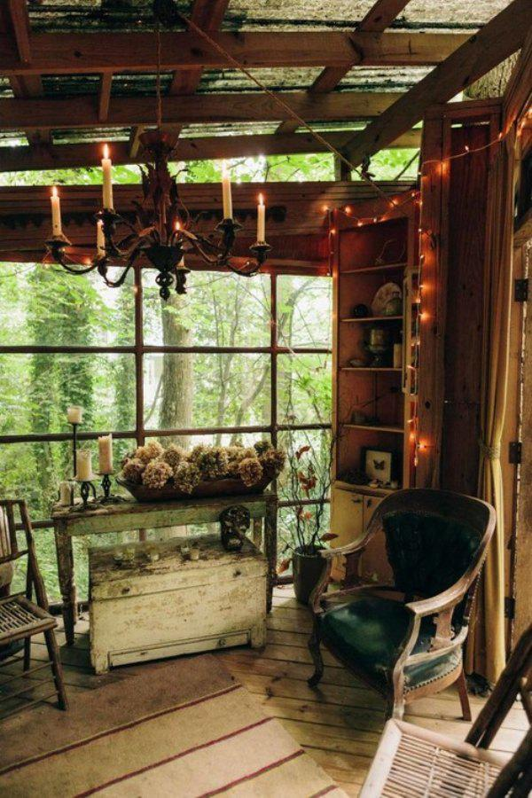 incredible tree houses treehouses 4 Live off the grid in a treehouse of your dreams (30 Photos)