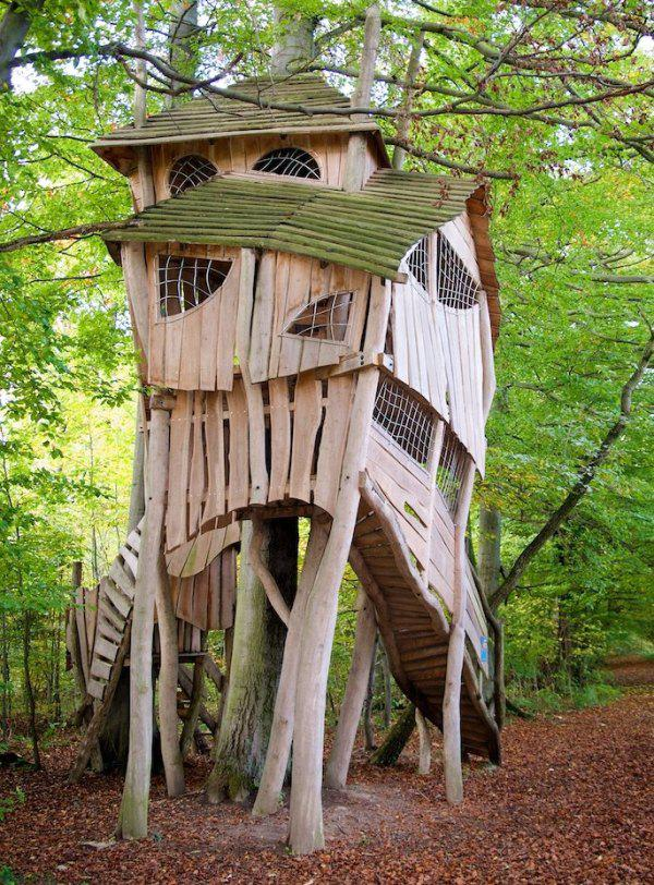 incredible tree houses treehouses 6 Live off the grid in a treehouse of your dreams (30 Photos)