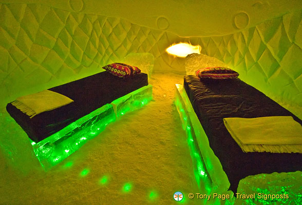 Really cool bedrooms with water Pool Image Of Really Cool Bedrooms With Water Wallpaper 41141 Wallpaper 41141 Daksh Really Cool Bedrooms Pinterest Really Cool Bedrooms With Water Wallpaper 41141 Wallpaper 41141