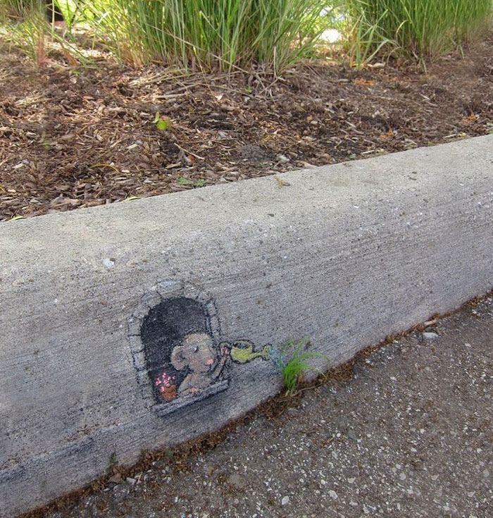 street-art-interacts-with-nature-19