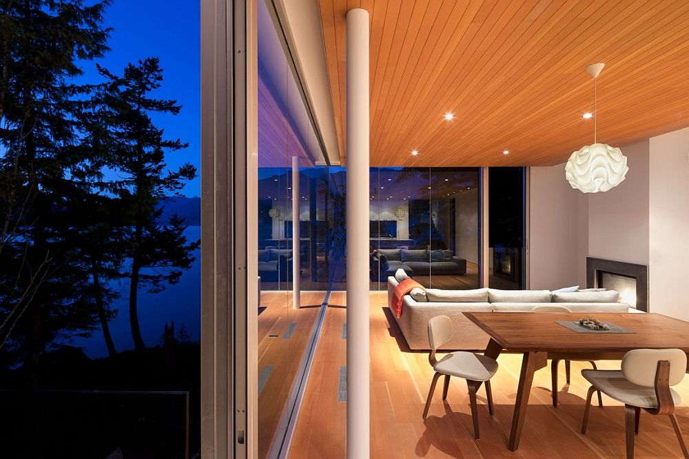 Gambier Island House4