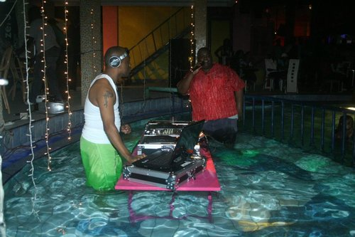 dj setup in pool