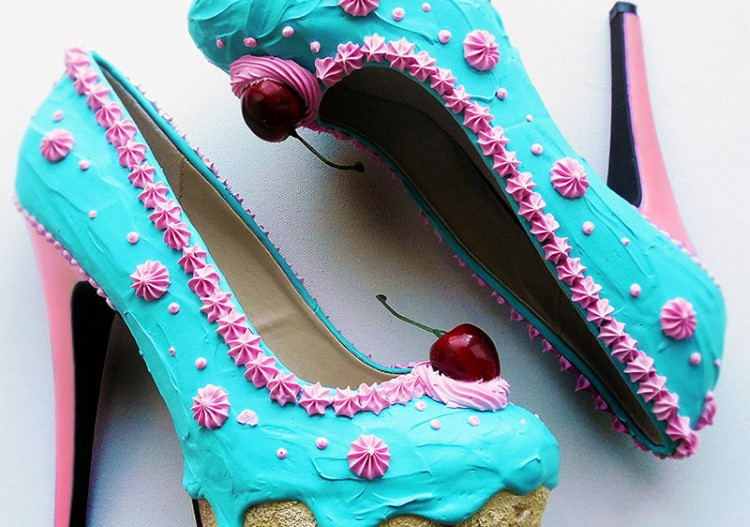 teal-and-pink-cake-pumps