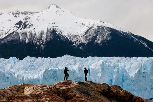 #10. Lago Argentino, Santa Cruz Province, Argentina - In These Award Winning Photographs You FEEL The Power Of The Mountains.