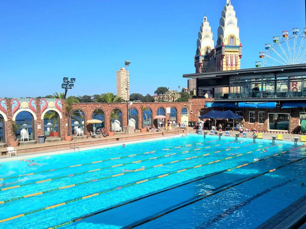 Swim in the most beautiful public pools in the world these are so cool wow amazing for Swimming pools open to the public