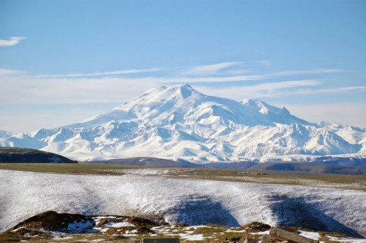 #3. Mighty Elbrus, Kabardino-Balkaria, Russia - In These Award Winning Photographs You FEEL The Power Of The Mountains. (1)