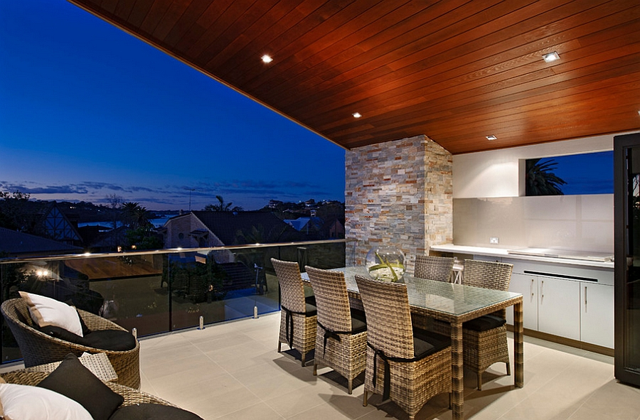 Alfresco-kitchen-dining-and-lounge-area-complete-the-stunning-outdoor-deck