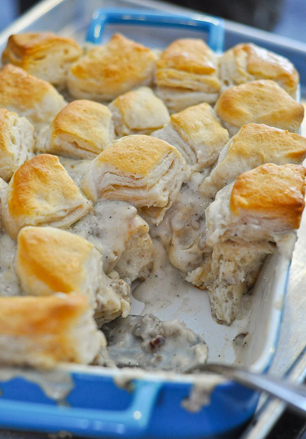 Biscuits-and-Gravy-Casserole-0364
