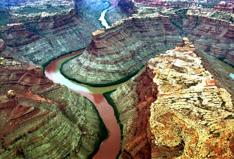 Confluence of the Green and Colorado Rivers in Canyonlands National Park, Utah, USA.