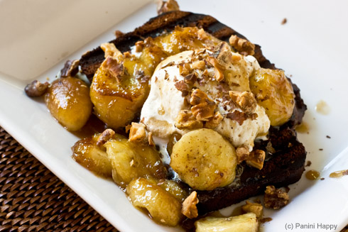 Post image for Open-Face Ice Cream Sandwiches with Caramelized Bananas and Walnuts