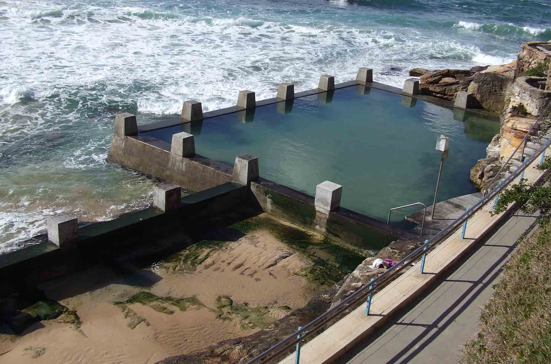 12 Of The Coolest And Most Unusual Swimming Pools In The World Wow - Unusual-swimming-pools-around-the-world
