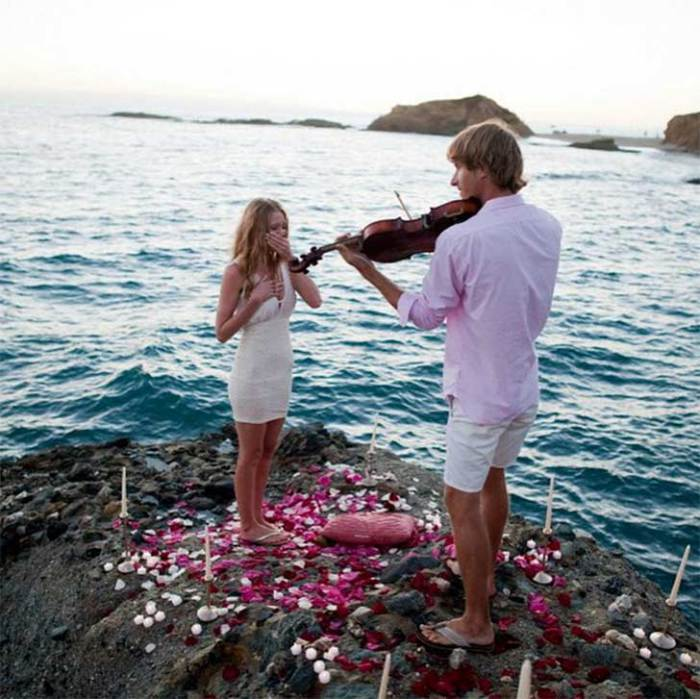 These 21 Marriage Proposals Take Popping The Question To A Whole