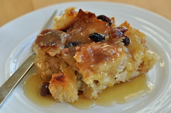 Photo Credit http://womenpla.net/recipe/bread-pudding/