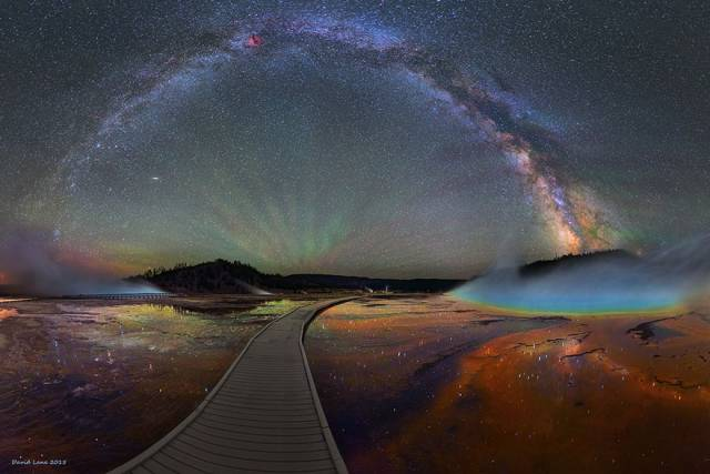 http://static.boredpanda.com/blog/wp-content/uploads/2015/07/colorful-milky-way-photographs-yellowstone-park-1.jpg