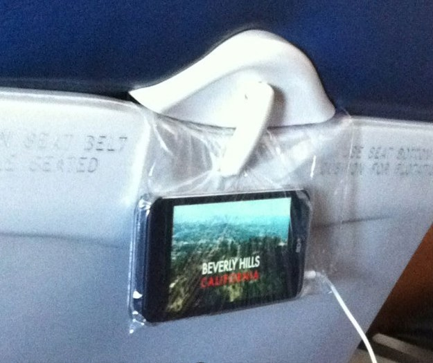 A sandwich bag is all you need to turn your seat in coach into a first-class screening room.