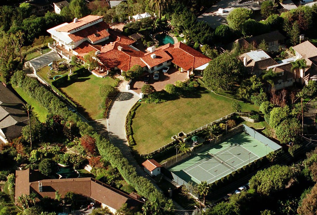21 Best Famous People Who Live in Brentwood, CA images ...