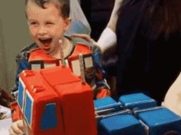 Boy Gets Optimus Prime Cake for His Birthday…Its ...