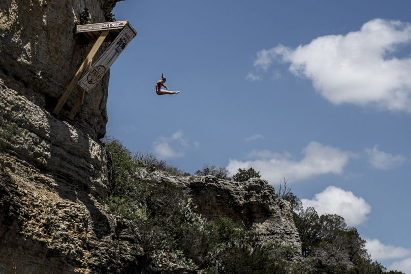 Rachelle simpson is hailed the queen of cliff diving see her death defying stunts wow amazing - Highest cliff dive ever ...