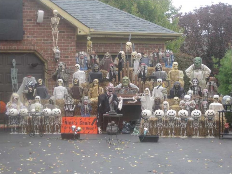 Undead-Choir-Halloween-Decor