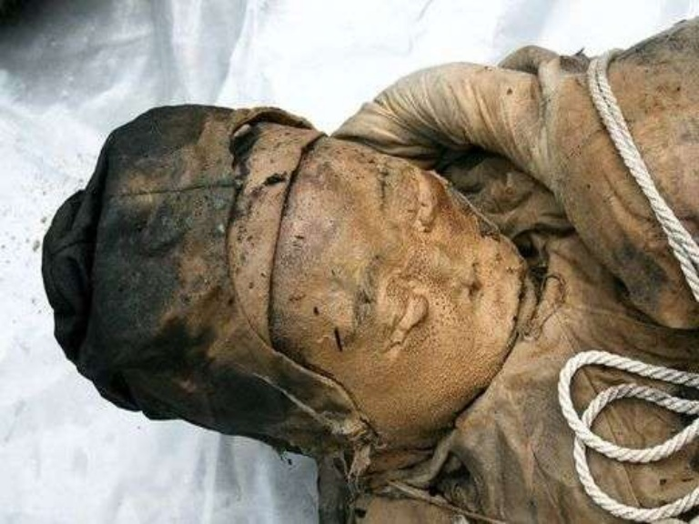 15. The Wet Mummy (Lived 700 years ago) :  CHINA