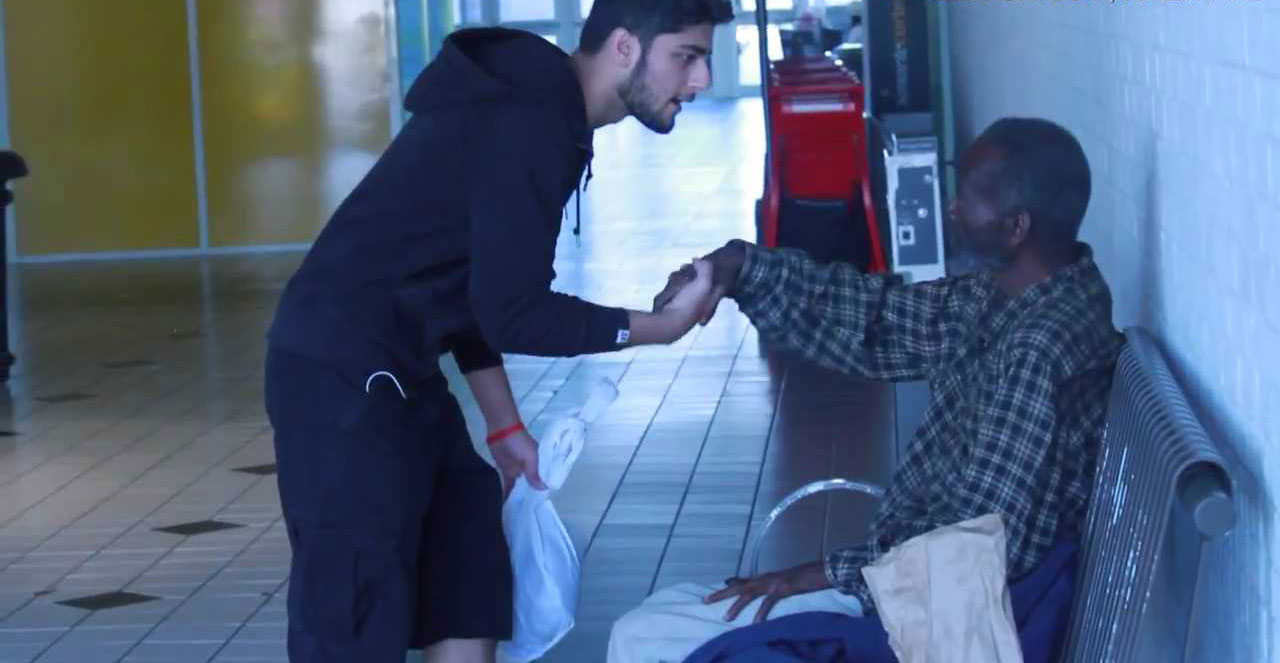 THROWING-FOOD-INFRONT-OF-HOMELESS-MAN-14