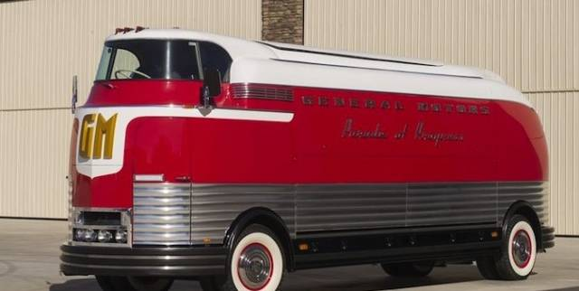 GM-Futurliner-Barrett-Jackson-676x340