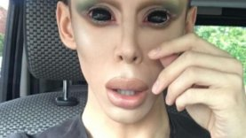 Genderless Alien