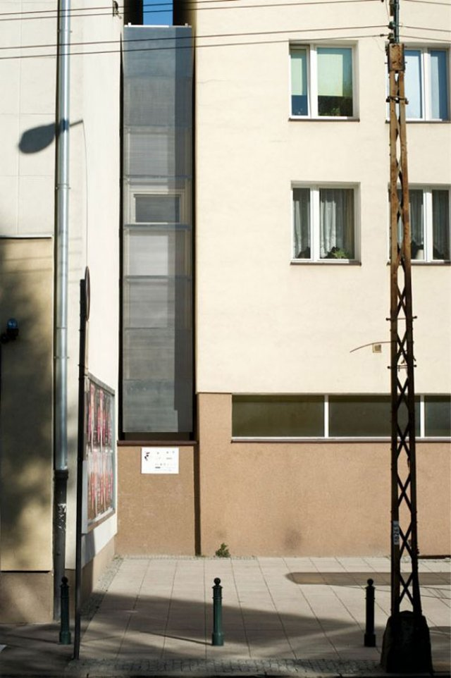 Skinniest House in the World