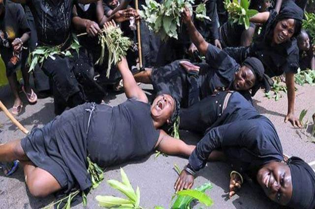 Ghana's Professional Mourners