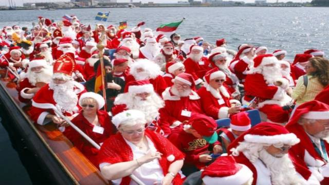 150 Santas Gather In Denmark